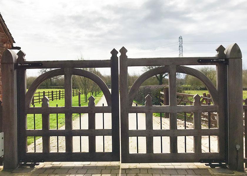 brankley-farm-cottages-entrance-gate